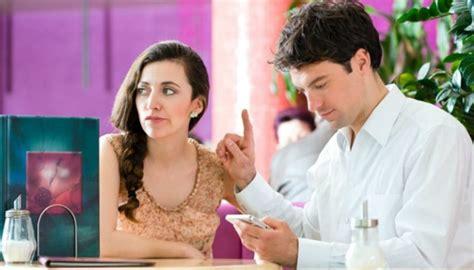 Solusi Galau Dengan Si Dia ini 10 sinyal saat hubungan dengan si dia tak sehat lagi gaya tempo co