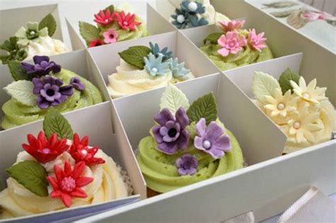 Home Decorating Tips For Beginners by Poppy Greens Home Cupcakes And Sugarcraft Decorations