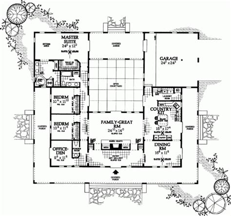 U Shaped Home Plans by Awesome U Shaped Home Plans Throughout Ranch Style House