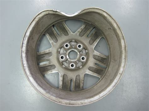 alloy mobile wheel rim repair rimguard xtreme   bent rims pot holes speed bumps