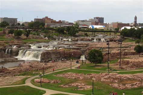 garden sioux falls nomadic newfies falls park sioux falls