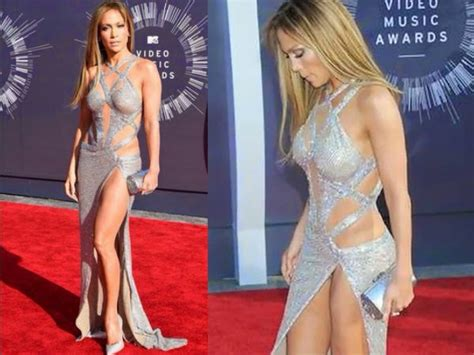 2014 celebrity wardrobe malfunctions photos of celeb the gallery for gt bollywood celebrity wardrobe malfunctions