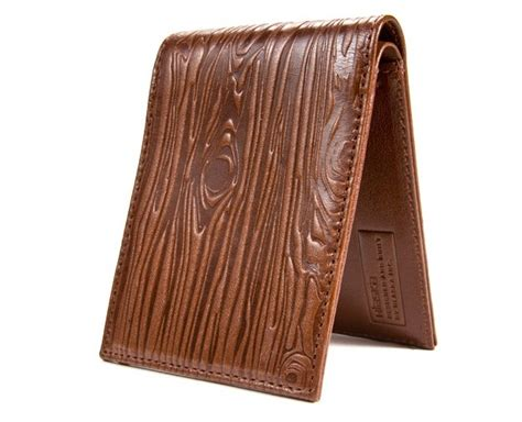 How To Stain Leather by How To Stain Dye Leather To Look Like Wood Grain How Do