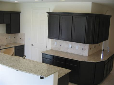 lowes kitchen cabinet refacing cabinet refacing kits lowes roselawnlutheran