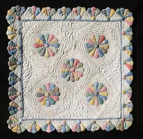 Dresden Plate Quilt Patterns Free by 18 Best Images About Quilts Dresden Style On