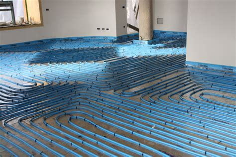 radiatori a pavimento riscaldamento a pavimento vs a parete idee riscaldamento
