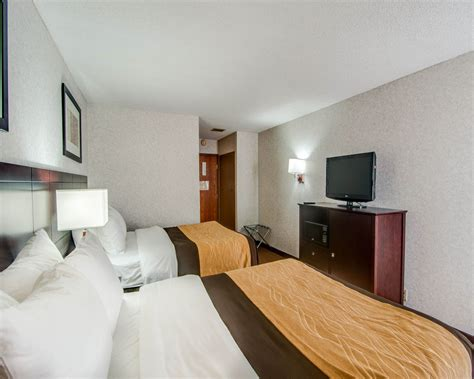 comfort suites abingdon comfort inn abingdon 2017 room prices deals reviews