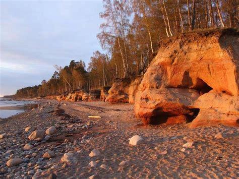 active tours latvia hiking  rocky beaches