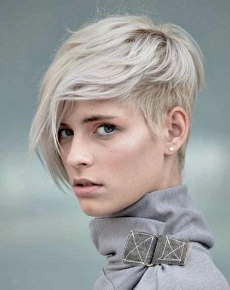 taglio di capelli scalati medi hair pinterest tagli capelli 2016 tagli capelli corti pinterest