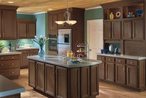 kitchen cabinets in michigan benton oak kitchen cabinets detroit mi cabinets