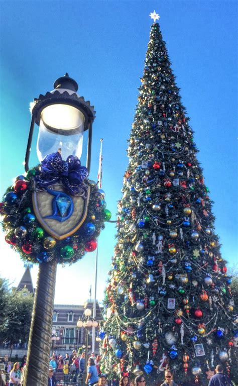 Holidays at Disneyland Resort ? Reasons to Plan a Visit