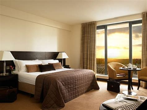 hotel bedroom supplies give your home a stylish hotel ambiance