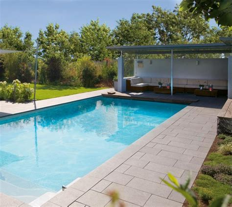 House Plat by Pool House Piscine Euro Piscine Services
