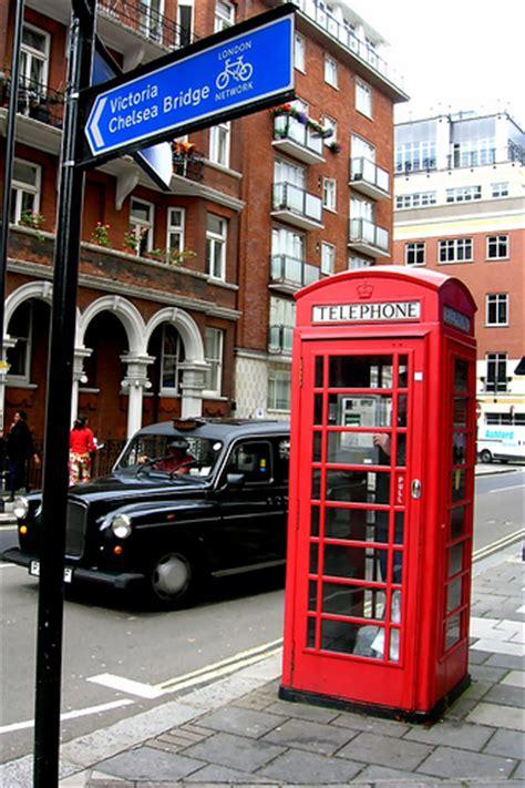 cabina telefonica inglese cabina telefonica inglese flickr photo