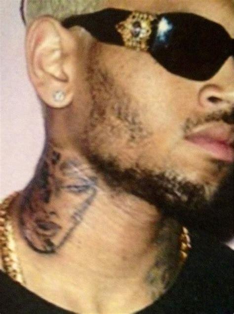 chris brown tattoo on neck rihanna rihanna new tattoo on neck