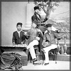 Kemaharajaan Maritim Sriwijaya Perniagaan Dunia Abad Iii Abad Vii ineke kessel serdadu afrika di hindia belanda 1831