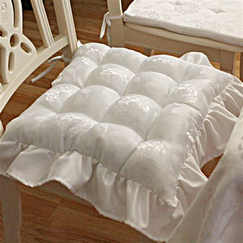 white tufted comforter white tufted seat cushion accent pillows bedding