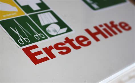 Verbandskasten Auto Erneuern by Verbandskasten Der Helfer In Der Not Untersch 228 Tzt Und