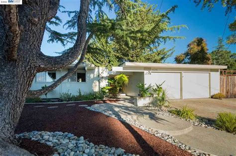 joseph eichler homes for sale joseph eichler curbed