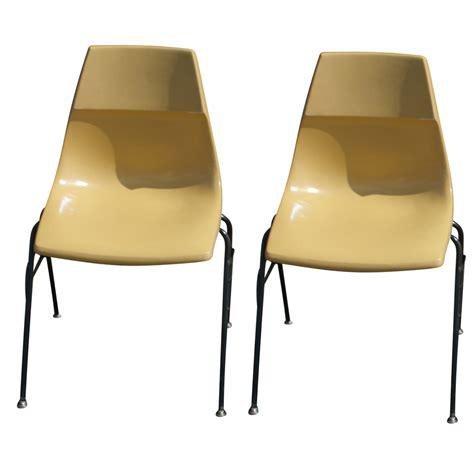 Krueger Chairs by 2 Vintage Krueger Fiberglass Stacking Side Chairs Ebay