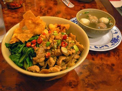 membuat pangsit mie ayam 17 best images about indisch indonesisch eten on pinterest