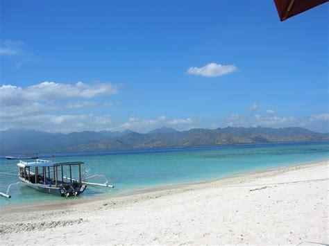 indonesia turisti per caso spiagge indonesiane viaggi vacanze e turismo turisti