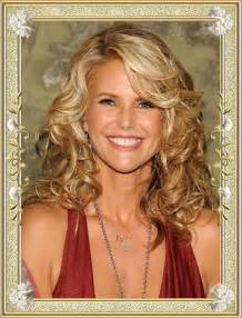 hair styles 55 age eomen 55 glamorous long hairstyles for women over 50 page 3 of 5