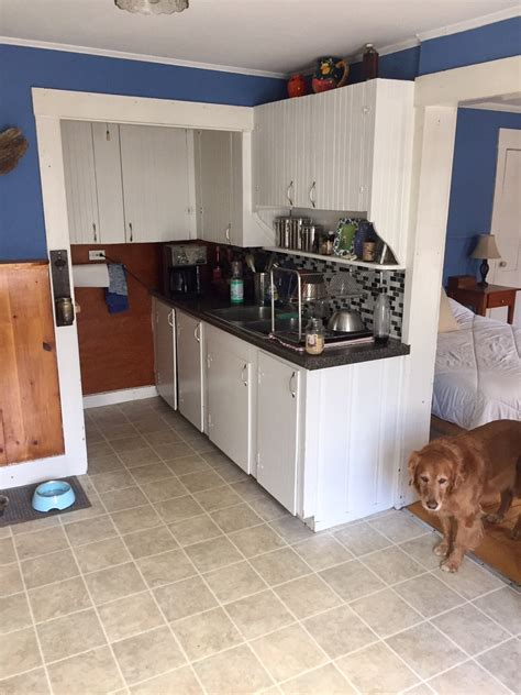 1 bedroom all utilities included all utilities included in spacious 1 bedroom on west end