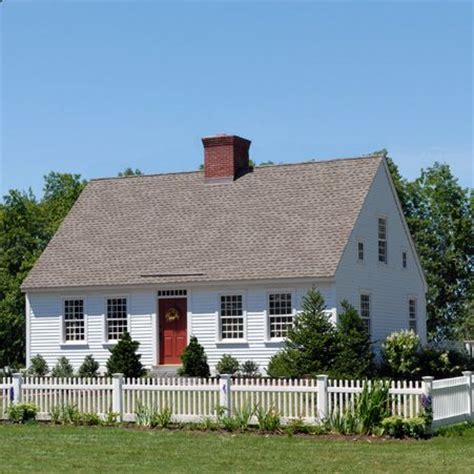 small colonial homes exterior of small cape house with center chimney lovely