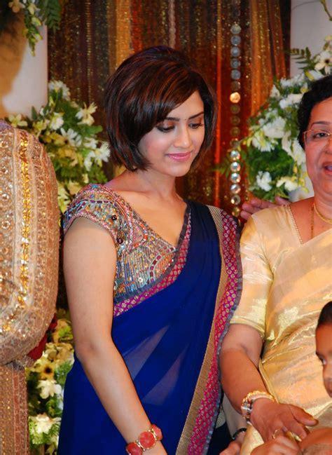 Prithviraj Supriya Menon Wedding Reception Stills   Photos