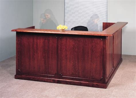 Traditional Reception Desk Arnold Reception Desks Inc Traditional Reception Desk Standard