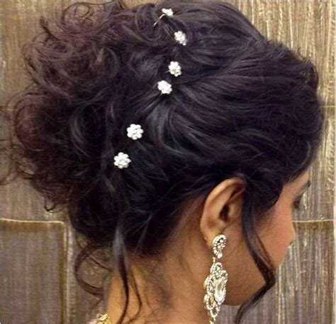 top best indian hairstyle for saree