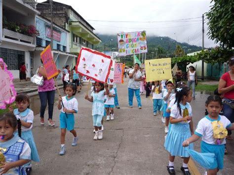 paseo de pancartas por el aniversario de educacion inicial pancartas fraces para el dia de la educacion inicial