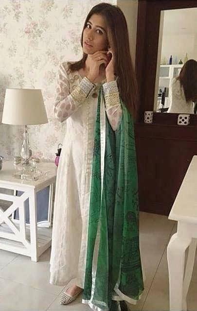 latest pakistani celebrity dresses