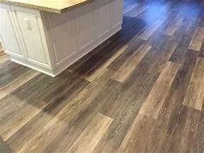 kitchen floor inspiration coretec plus 7 quot alabaster oak coretec lvp luxuryvinylplank