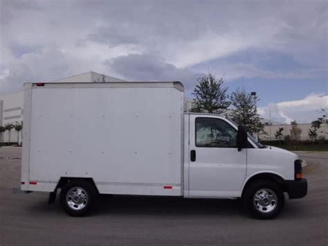 10 Foot Box Truck For Sale by 1gdgg31v871904216 2007 Gmc Savana 3500 10ft Box Fl Truck