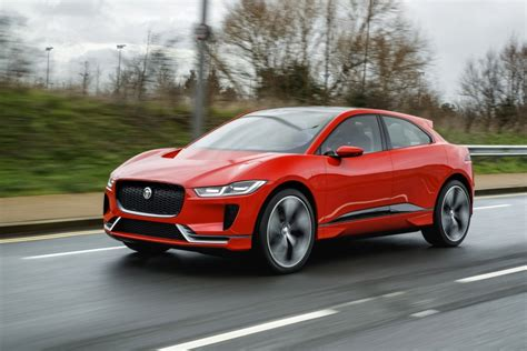 Land Rover Electric 2020 by Uk Car Maker Jaguar Land Rover Outlines All Electric 2020