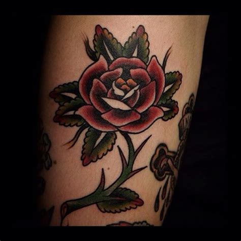 tattoo old school rose traditional rose tattoo old school best tattoo ideas gallery
