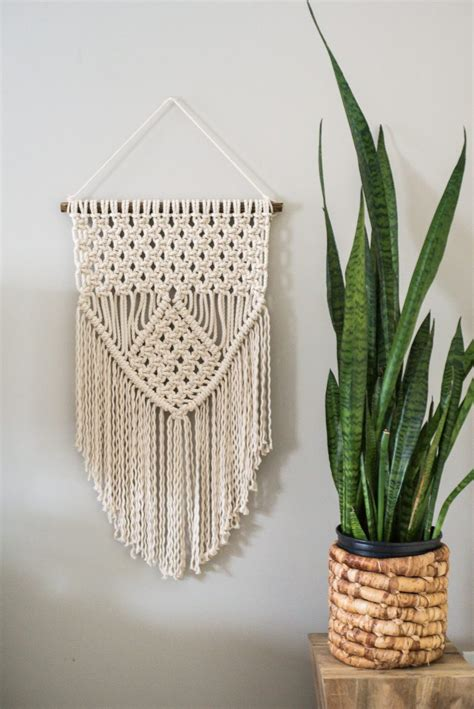 Diy Macrame - 10 diy macrame decorations for a boho feel shelterness