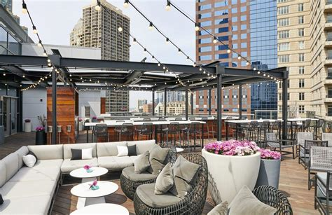 top rooftop bars in chicago chicago s best rooftop bars