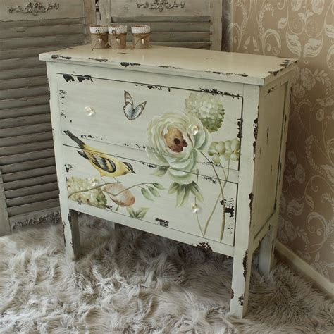 shabby chic recliner 25 best ideas about floral painted furniture on