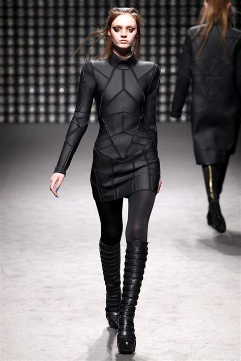 futuristic style 25 best ideas about cyberpunk fashion on pinterest
