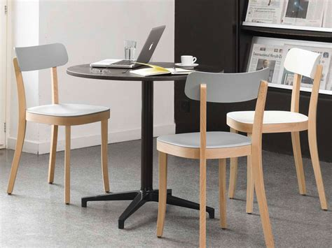 Indoor Bistro Table And Chairs Buy The Vitra Bistro Table At Nest Co Uk