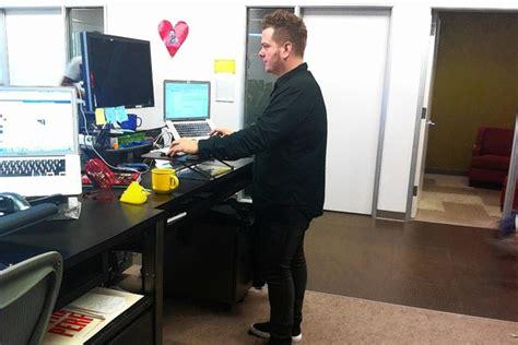 travailler debout bureau bureau debout le site de r 233 f 233 rence sur la sant 233 et la