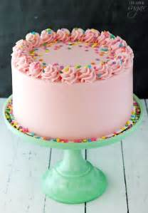 kuchen mit buttercreme 25 best ideas about simple birthday cakes on