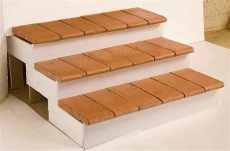 piastrelle per gradini come scegliere i gradini per scale scale e ascensori
