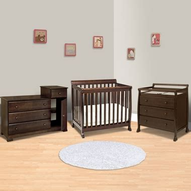 mini crib with dresser da vinci 3 piece nursery set kalani mini crib 3 drawer