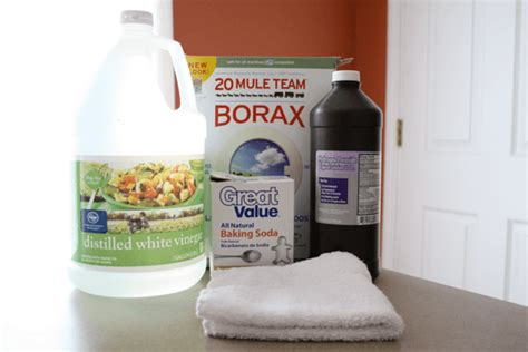 cleaning bathtub with hydrogen peroxide vinegar or borax most effective remedy for getting rid of