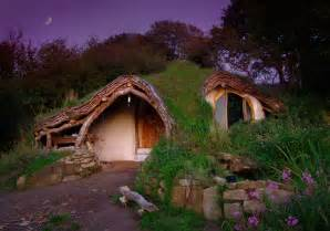 man builds fully functional hobbit house in wales 7 hobbit homes around the world from the grapevine