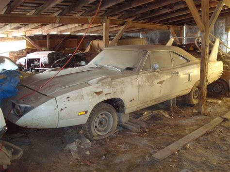 craigslist ta mako boats amazing check out this epic barn find in the midwest